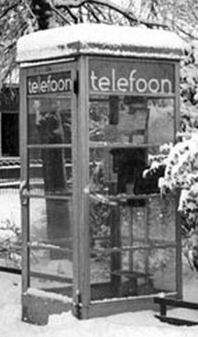 Dit is een oude telefooncel waar ik veel                           met heb gewerkt.